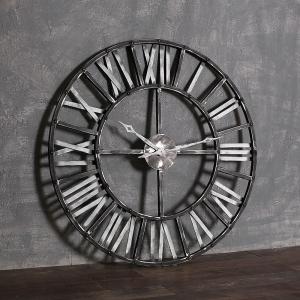 Часы Скарборо, Металл.